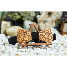 "Bow tie ""Flourishes"" made of natural wood with engraving"
