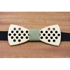 """Bow tie """"Perforation"""" made of natural wood"""