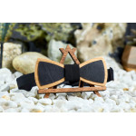 "Leather Bow tie ""Aged Black"" made of natural wood"
