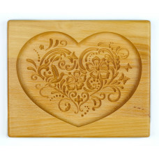 Gingerbread board Ornamented heart 20 * 17 * 2cm to form a printed gingerbread.