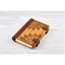 "Notebook made of genuine leather and wood ""Mandala"""
