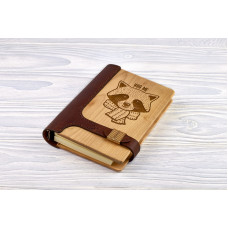 "Notebook made of genuine leather and wood ""Raccoon"" on magnetic clasp"