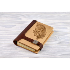 "Notebook made of genuine leather and wood ""Feather"" on magnetic clasp"