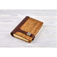 """Notebook made of genuine leather and wood """"Succulents"""" on magnetic clasp"""